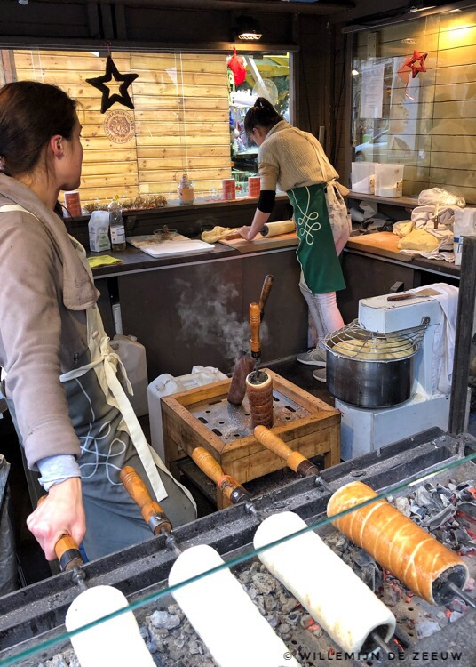 7 things to eat in Budapest: Chimney cake
