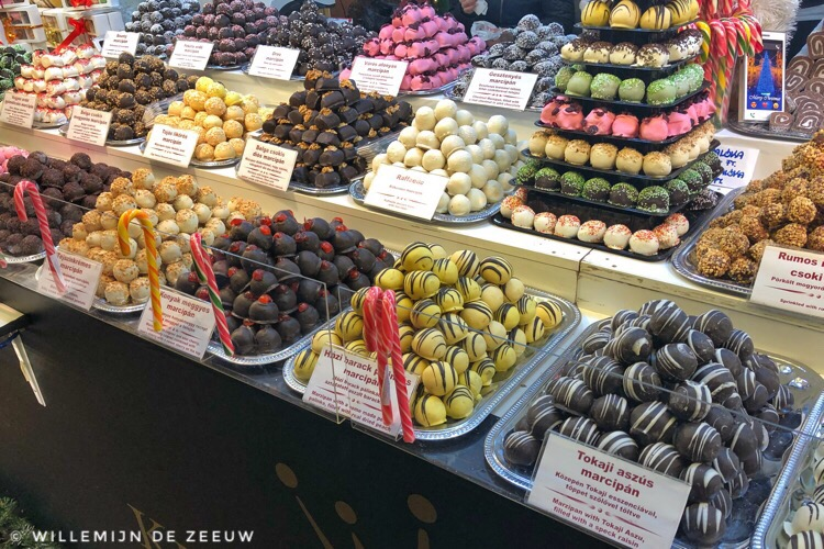 7 things to eat in Budapest: Marzipan