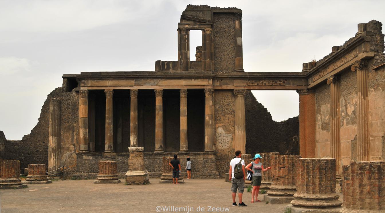 Visiting Pompeii Italy