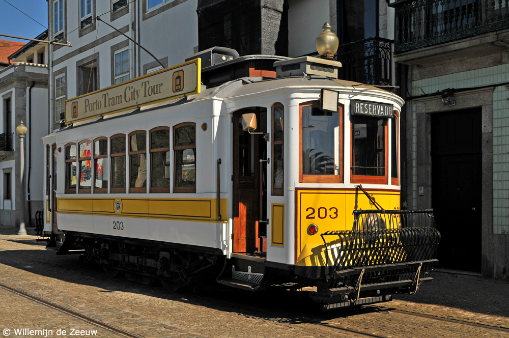 Portugal Porto travel guide tram